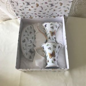 European porcelan Other - Brand new in a box tea cup and saucer.